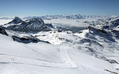 Celebrity ski instructor moves courses out of 'expensive' Switzerland
