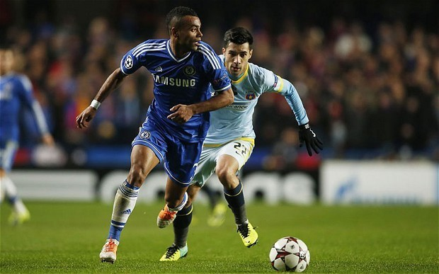 Chelsea v Crystal Palace: Jose Mourinho tells Ashley Cole he will have to fight for place with Cesar Azpilicueta
