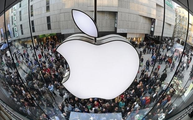 Apple 'sets shipping date for electric car'