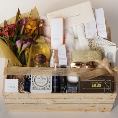 What's inside the Oscar nominees' $5,000 beauty box?