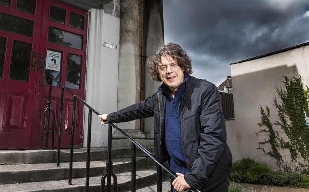 Alan Davies: 'Dad didn't give me enough - so I stole'
