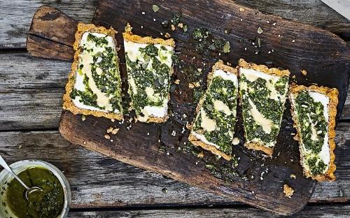 No-bake vegan pesto tart
