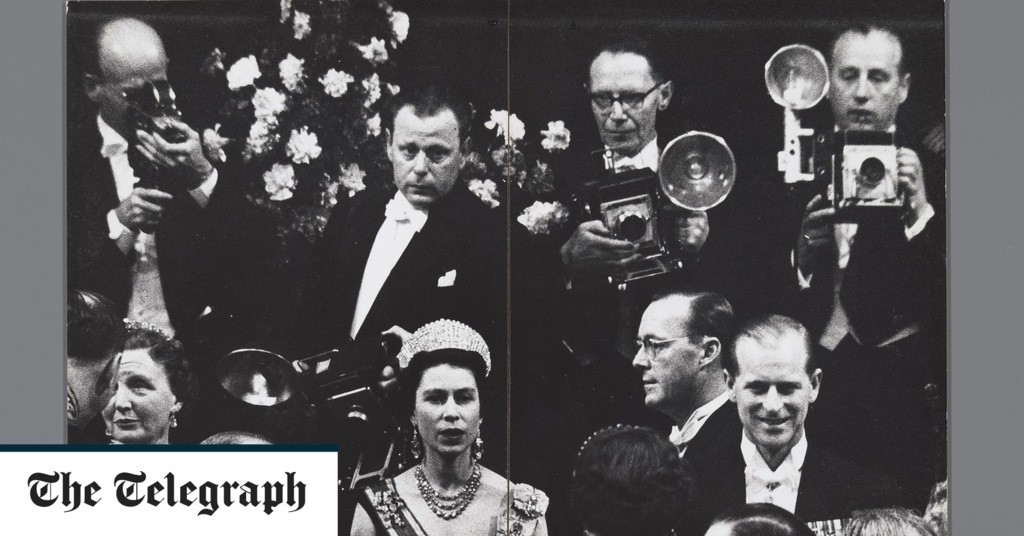 The Queen is depicted in previously unpublished image found in renowned Dutch photographer's archive