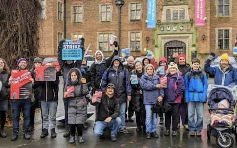 Picket lines are trespassing, University of Birmingham tells its striking lecturers