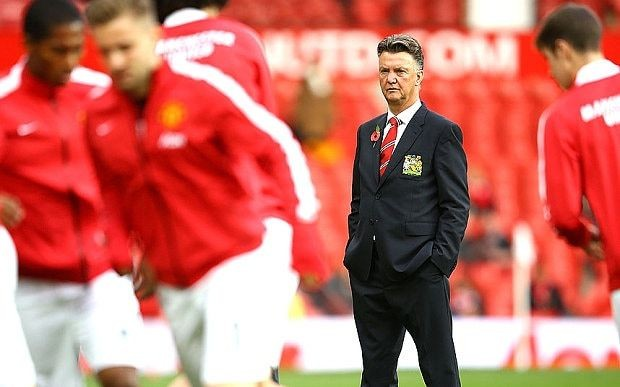 Manchester United manager Louis van Gaal handed boost ahead of Premier League game with Arsenal at Emirates