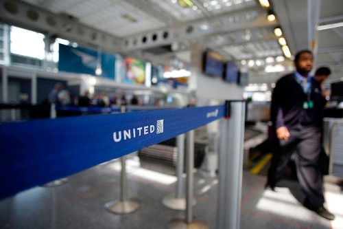 United Airlines apologises again after flying passenger 3,000 miles in the wrong direction