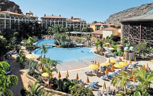 The best family-friendly hotels in the Canary Islands