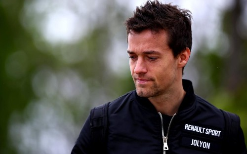 Jolyon Palmer hits back at Lewis Hamilton's criticism of team radio restrictions