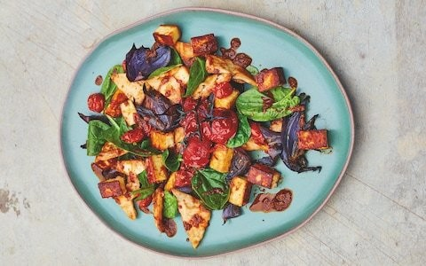 Paneer, spinach and tomato salad recipe