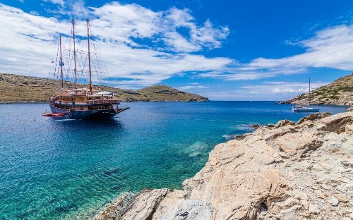Mega-yachts to wooden gulets: 9 of the best small ship cruises in the Med