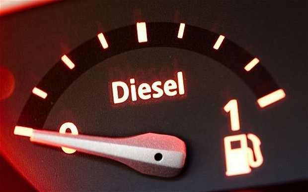 Supermarkets cut diesel price to six-year low