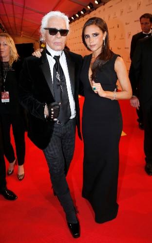 Donatella Versace, Victoria Beckham and Alexa Chung pay tribute to Karl Lagerfeld
