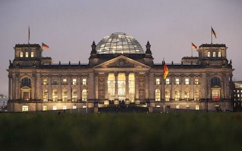 German Reichstag to get new moat in security overhaul