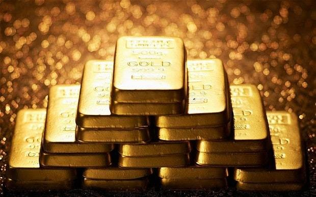 Gold retains position as safe haven for 2015