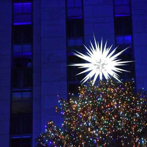 Is this the world's most spectacular Christmas tree topper?