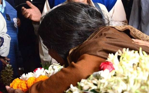 Parents of Calcutta gang-rape teenager: 'We were abandoned by everyone'