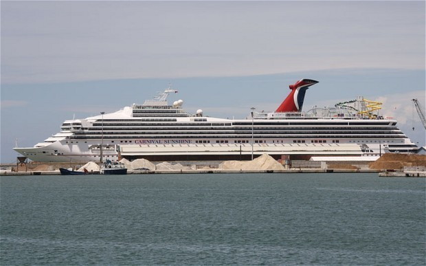 Venice cruise ship row inflamed by 'sail-past scrape'