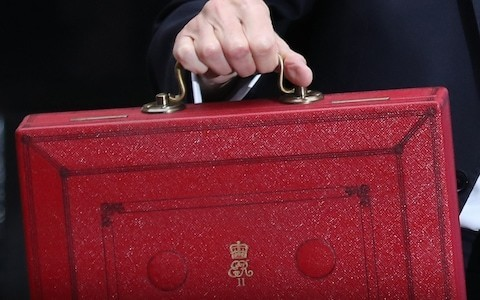 Government misses out on £35bn due to tax evasion and errors