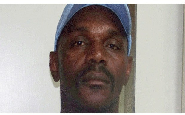 FBI probe after Mississippi black man found hanging from tree