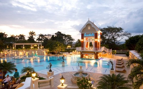 Sandals Ochi Beach Resort: the hotel with 105 swimming pools – in pictures