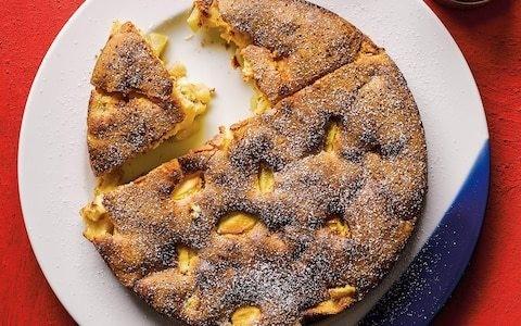 Apple sharlotka (Russian cake) recipe