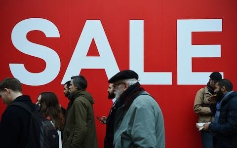 Retailers suffer worst festive trading in a decade