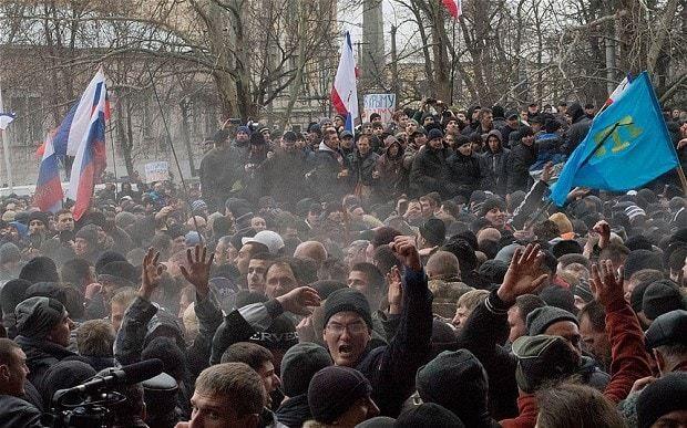 Ukraine crisis: Viktor Yanukovych surfaces to say he is 'still leader'