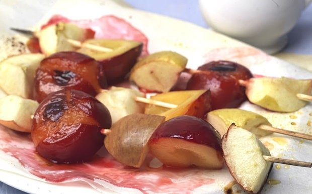 Autumn recipes: Plums and apples on sticks