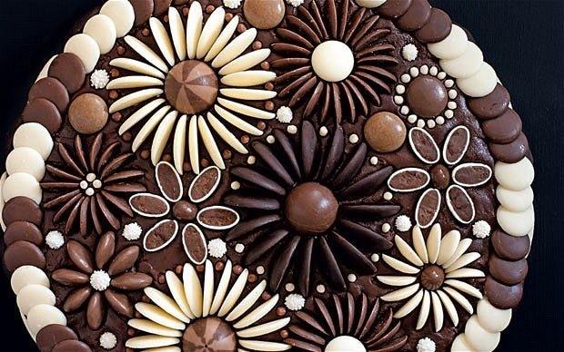 Chocolate flowers cake decoration