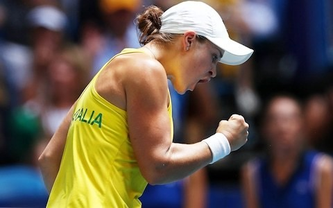 Tennis Podcast: One-sided matches leave Fed Cup Final in the balance