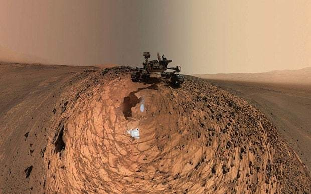 Nasa Curiosity rover takes selfie on Mars