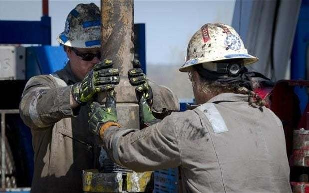 US shale frackers eye world conquest despite bloodbath