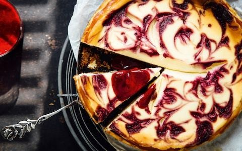 Baked vanilla cheesecake with berry swirl recipe