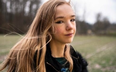 'Anti-Greta' linked to climate change skeptics set to rival Thunberg
