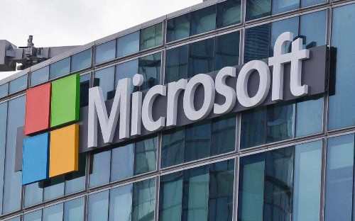 Microsoft pays out $10,000 over automatic Windows 10 download