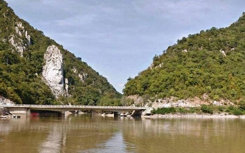 Google Street View takes a Danube river cruise