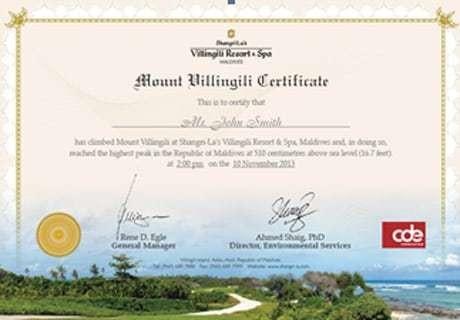 Maldives resort claims world's smallest mountain