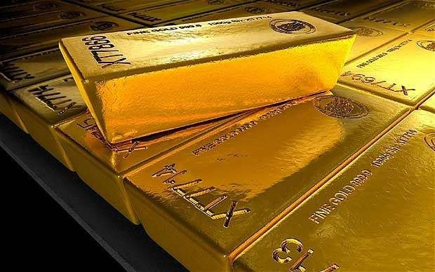 Gold miners shine in falling market