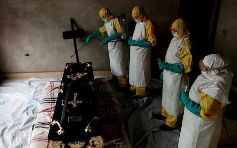 Ebola: the disease continues to spread as a record 18 new cases are confirmed in a day