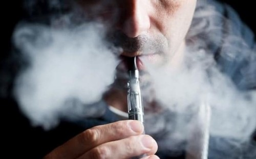 Vaping may damage immune system and lead to lung disease, study suggests