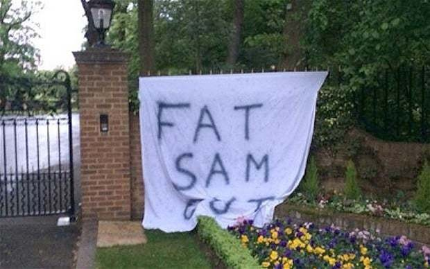 West Ham owner removes 'Fat Sam Out' banner from outside his mansion as fans voice frustration at Allardyce
