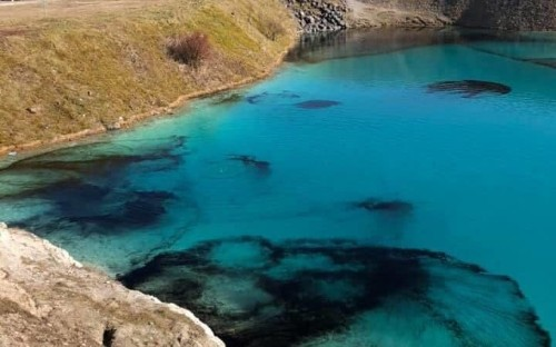 The Peak District's 'Blue Lagoon' is turned black to deter visitors to stop spread of coronavirus