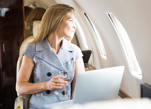 16 ways to feel like you're in first class - when you're actually flying economy