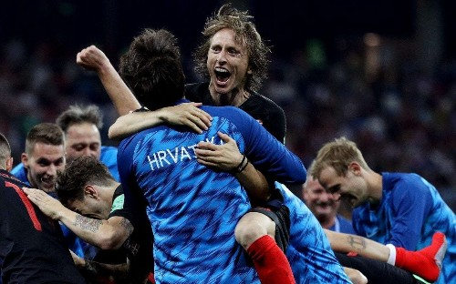 Croatia through to World Cup quarter-finals after dramatic penalty shoot-out win against Denmark