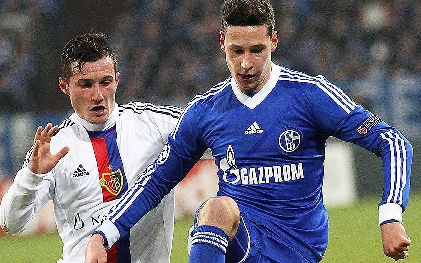 Julian Draxler aims to seal £36m move to Arsenal