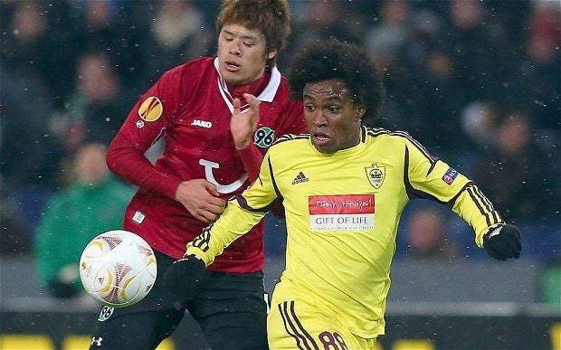Chelsea agree deal with Anzhi Makhachkala to sign Willian subject to work permit being granted