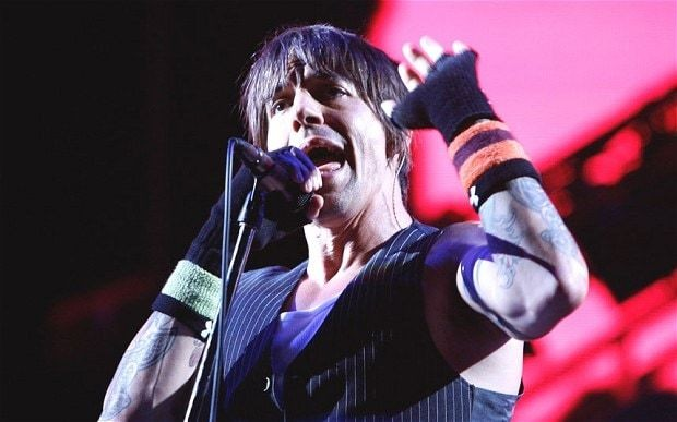 Red Hot Chili Peppers to headline Isle of Wight Festival 2014