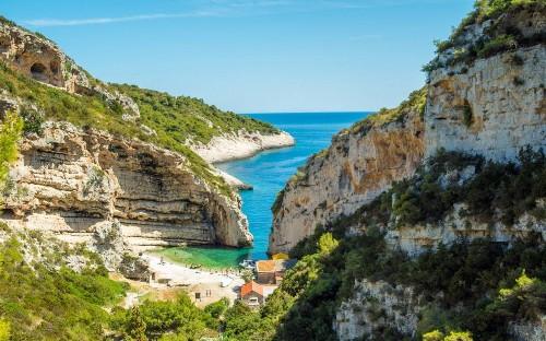 Introducing Vis – the beautiful Croatian island that's starring in Mamma Mia 2!