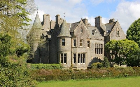 Planning to raffle your castle? Why prize draws are not a good way to sell a property