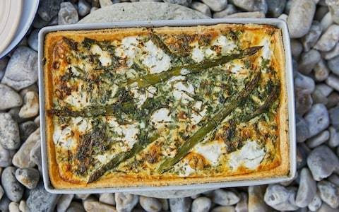 Asparagus, goat's cheese and spring onion tart recipe